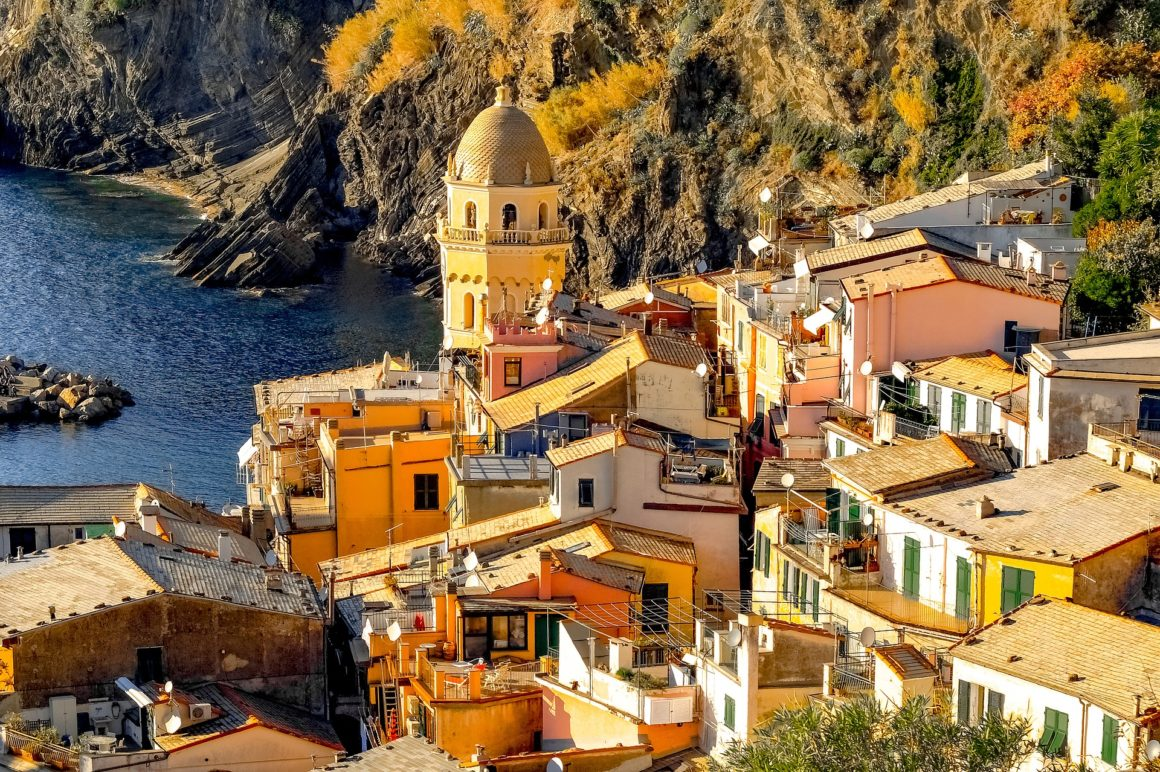 Discover Cinque Terre with a food walking tour